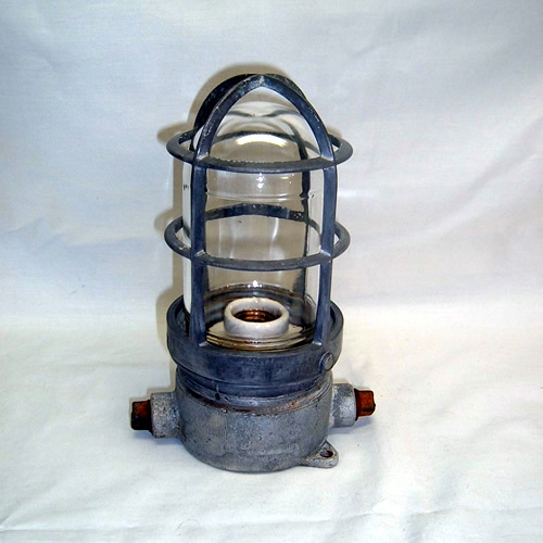 Industrial light fixture for ceiling or wall