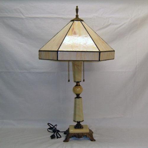 Vintage jadeite table lamp